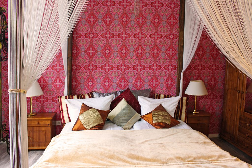 1001 Nacht Doppelzimmer Forsthaus Wingst 01 1024x683 - Doppelzimmer