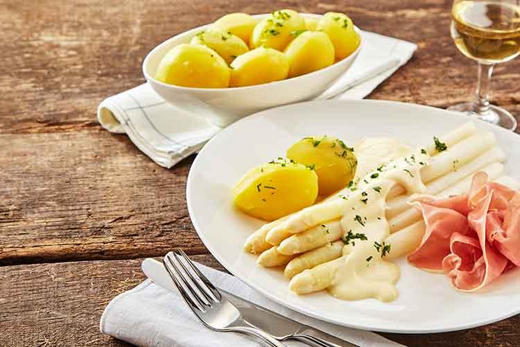 Spargel Teaser Forsthaus Wingst - Restaurant